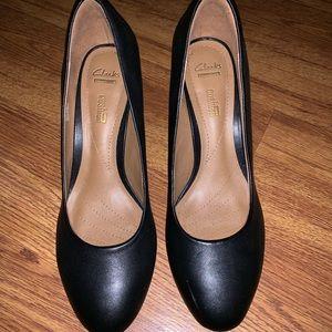 Clark's size 8.5 Black Heel